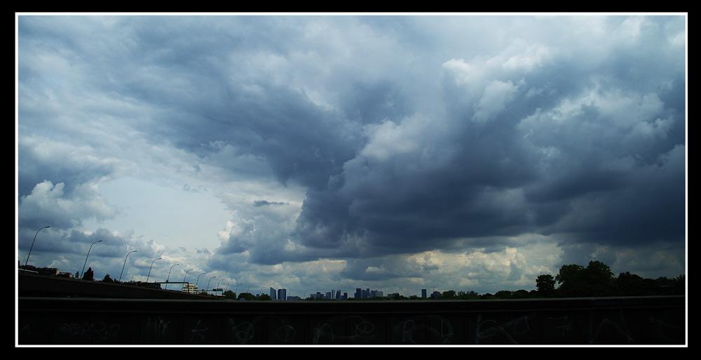 Deux photos du ciel aujourd'hui 15_6_2